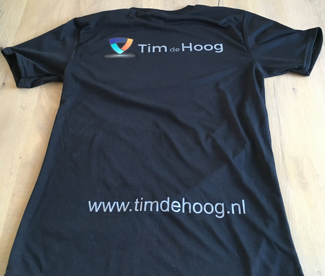 Timdehoog.nl sport T-shirt achterkant.