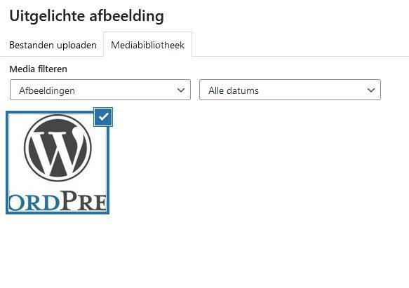 WordPress Mediabibliotheek met de gekozen uitgelichte afbeelding.